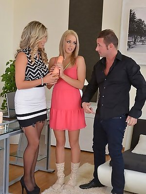 Christen & Eva Parcker threesome